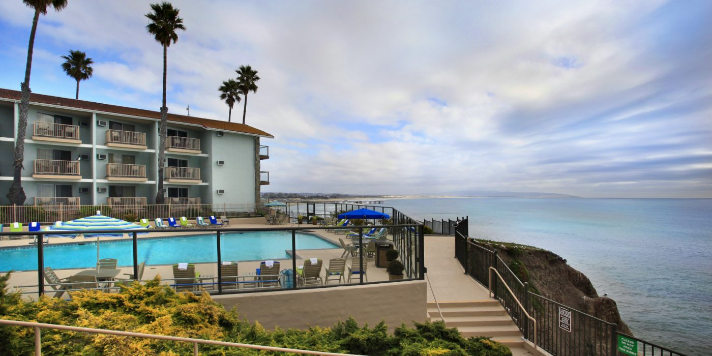Central California Coast oceanfront heated pool