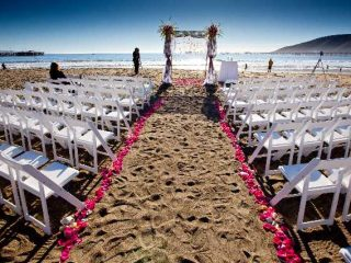 Romantic oceanfront wedding Avila Lighthouse Suites